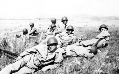 Members of Sandy's platoon take a break in the field at Camp Pendleton, 1943.