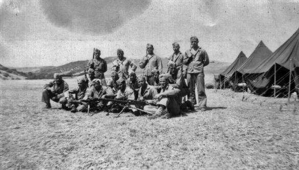 Able Company machine gunners.