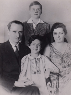 The Wood family, early 1930s.