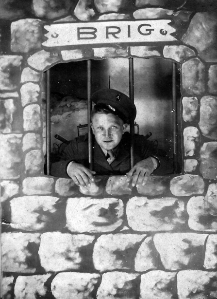 Private Godwin poses in a souvenir photo booth, probably in San Diego. Photo from Ancestry.com.