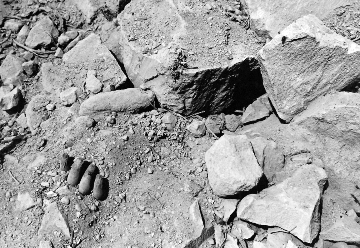 Iwo_Buried_Hand_80-G-412532